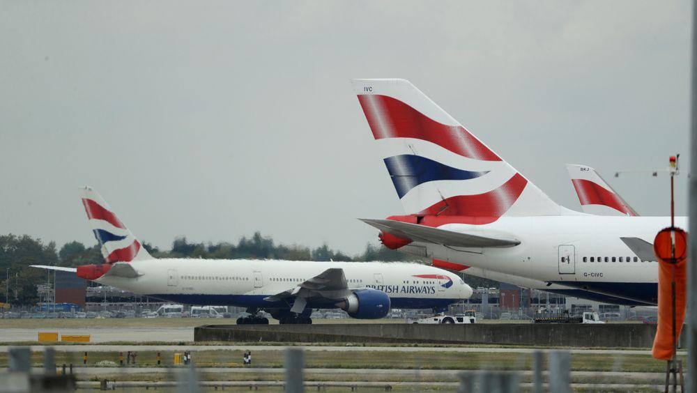 Klimaaktivister har vunnet frem i kampen mot en ny rullebane på den store flyplassen utenfor London.
