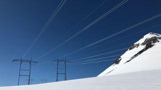 Mildt vær og mye nedbør ga rekordlave strømpriser i februar