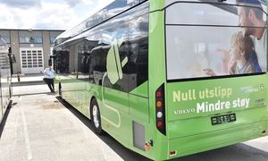 Stadig flere elbusser i Oslo og Bærum bidrar til reduserte utslipp av klimagasser og støy