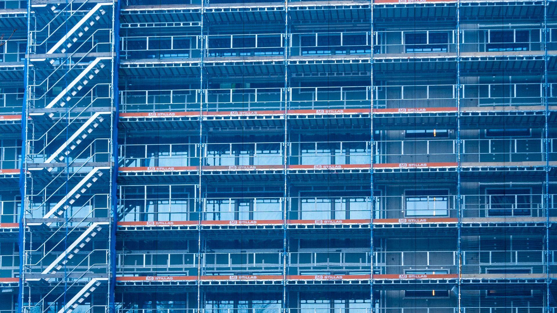 På Helsfyr i Oslo bygger Scandic Hotell et nytt tilbygg. Det store stillaset ble prosjektert i 3D før det ble satt opp.