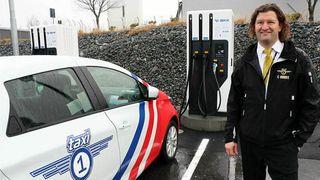 Alle drosjer i Hordaland skal bli elektriske
