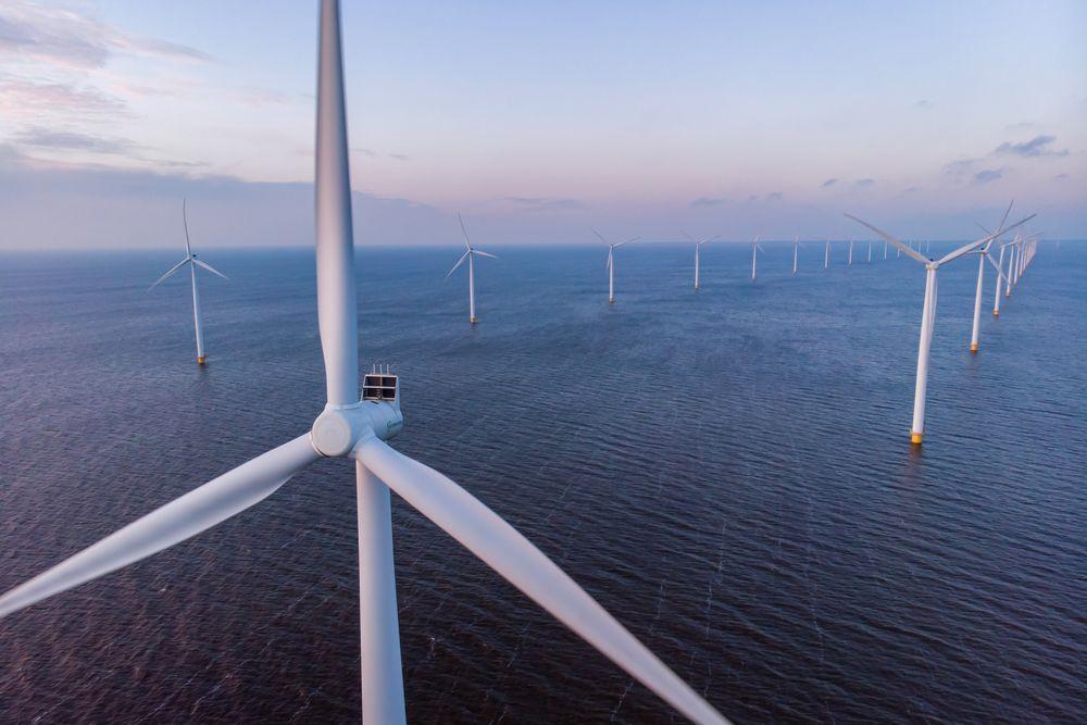 Avansert digitalisering bidrar til pålitelig overføring av kraft fra havvindparker i Nordsjøen.