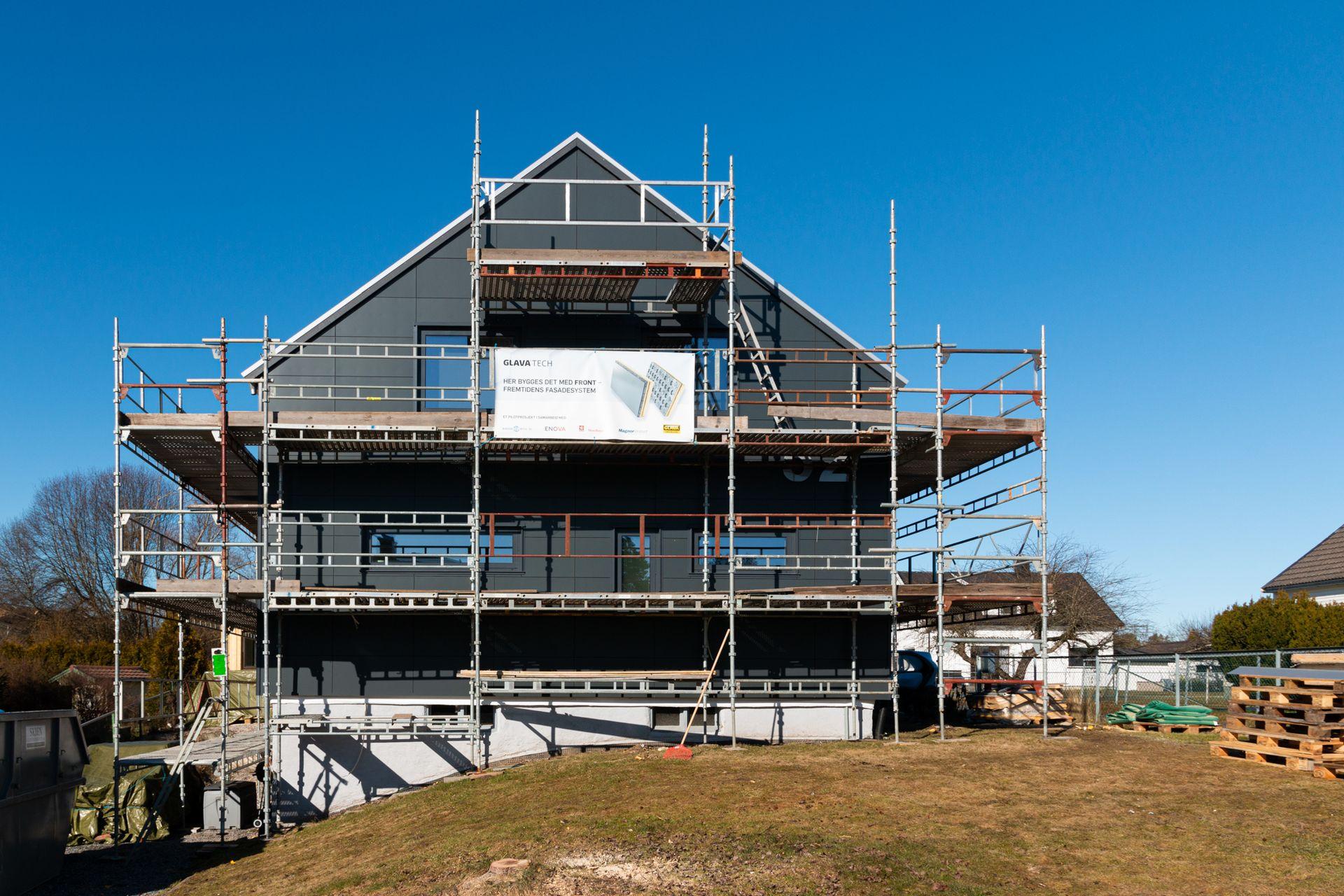 ANNONSE: Dette huset ble til en moderne, energieffektiv bolig på noen få måneder
