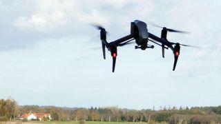 Taper millioner på stenging av rullebaner: Lufthavn leter nå etter droneforsvar