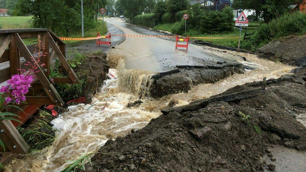 Regnvann på avveie kan gjøre stor skade.