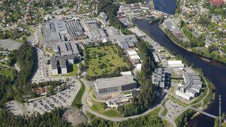 To ansatte i Kongsberg Gruppen er korona-smittet, 50 ansatte i karantene