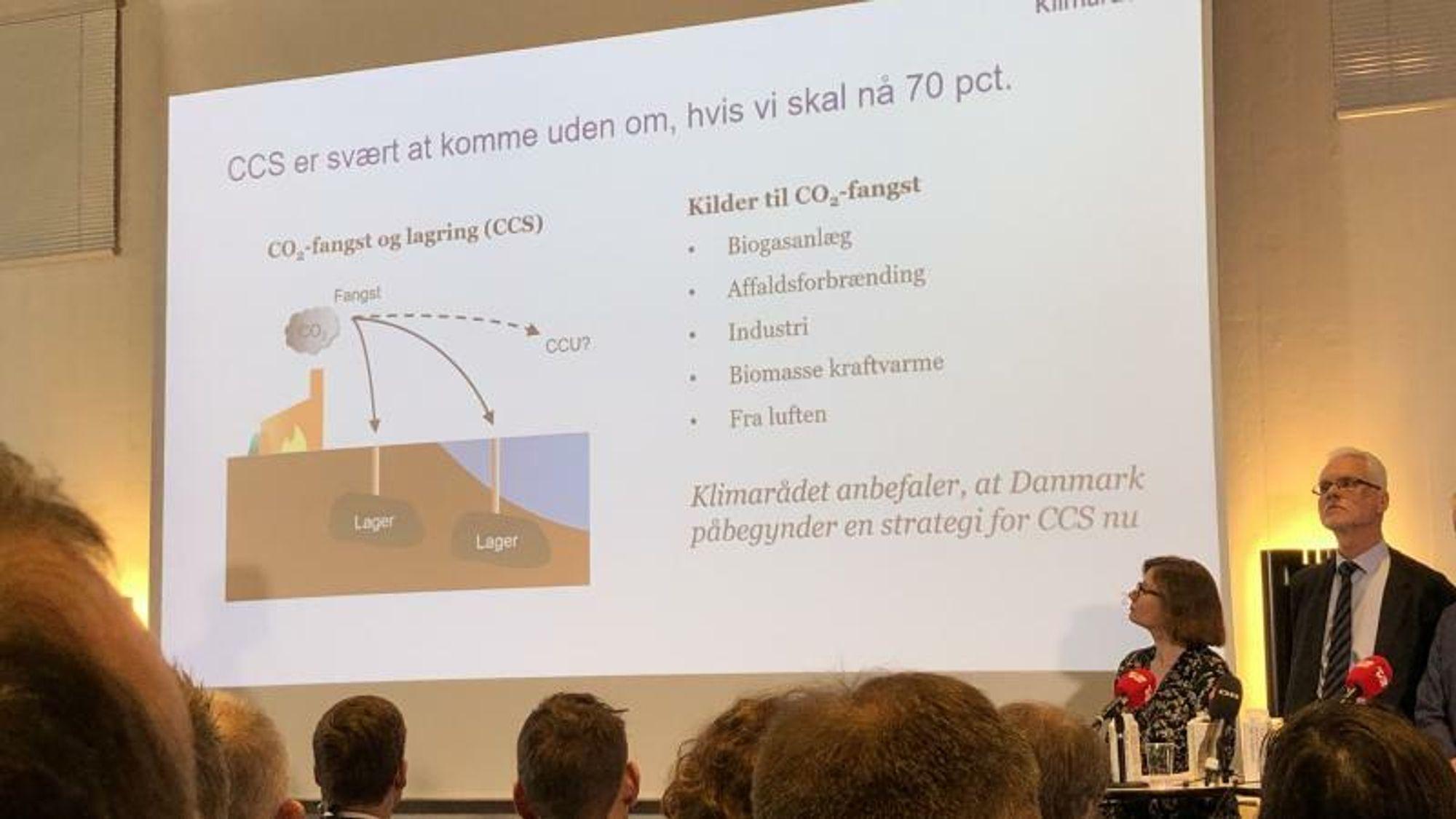 Klimarådet presenterte mandag sin anbefaling til politikerne om hvordan de kan komme i mål med det danske klimamålet i 2030 – blant annet via CCS, presentert av rådsmedlem og professor Jette Bredahl Jacobsen fra Københavns Universitet.