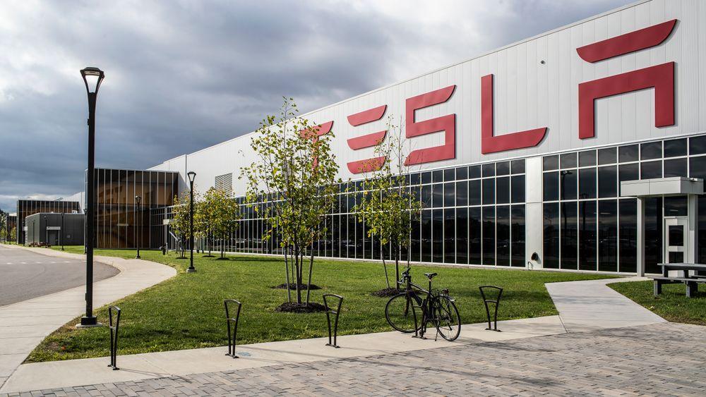 Tror Tesla kan begynne å bygge tysk fabrikk i april