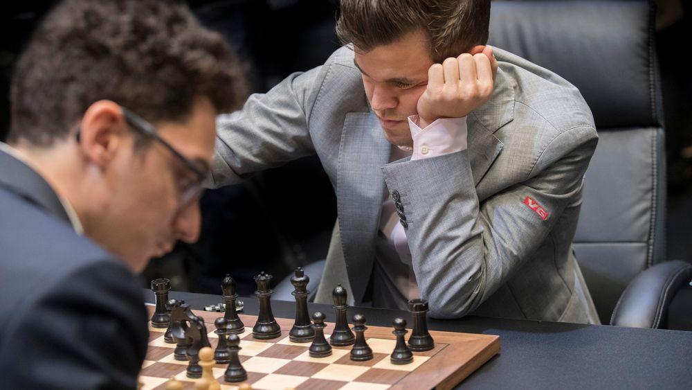 Da Fabiano Caruana utfordet Magnus Carlsen i forrige VM-match, var Alpha Zeros resultater så vidt kjent, men spillestilen var ikke studert. Siden den gang har det nevrale nettverkets dynamiske spill satt et preg på toppsjakken.