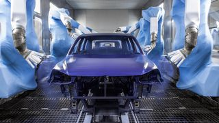 Volkswagen stenger ned i Slovakia. 15.000 mennesker jobber for bilprodusenten i landet.