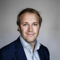 Bob De Caux har doktorgrad innen kunstig intelligens, og jobber nå i IFS, med ansvar for AI