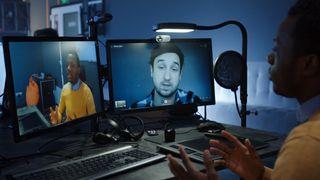 De har forsket på hjemmekontor:– Utrolig viktig å bruke video og snakke sammen