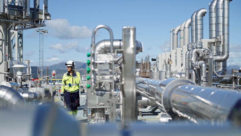 Regjeringen og de tre industrielle eierne av Teknologisenteret Mongstad er enige om ny driftsavtale frem til 2023. I avtalen ligger også en plan om å prøve å få med flere industrielle eiere og å få ned kostnadene.
