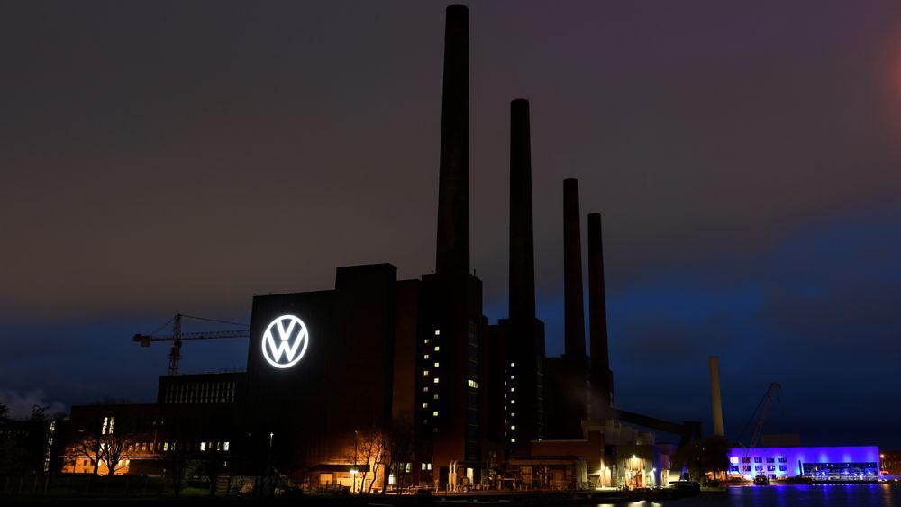 Kraftstasjonen ved Volkswagens fabrikk i Wolfsburg etter at produksjonen ble stengt ned forrige uke.
