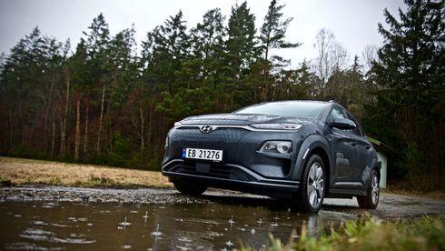 Test av Hyundai Kona: Rekkevidden inviterer til langtur, men det er ikke sikkert du får plass til bagasjen din