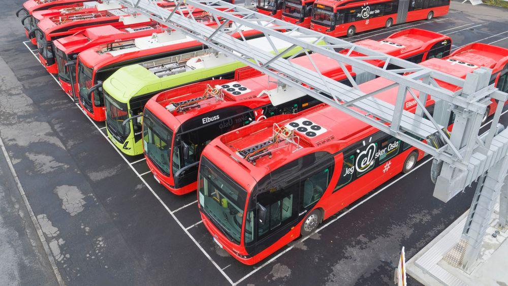 Tyngden på bussene har vist seg å være en utfordring når bussene lades med pantograf.