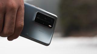 Hils på denne råtassen av en mobiltelefon