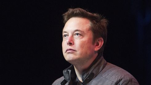 Elon Musk nekter alle ansatte å bruke Zoom