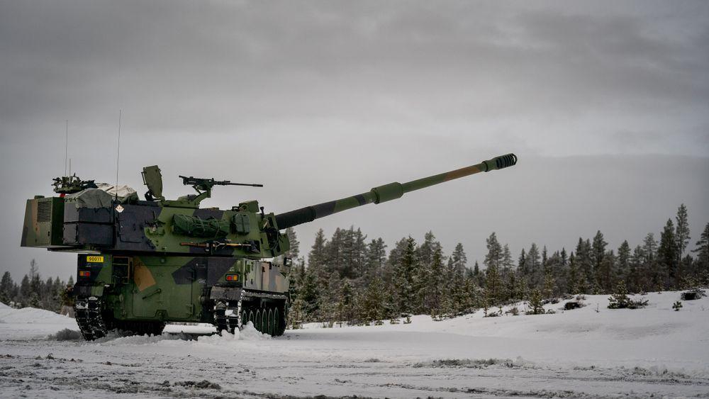 K9 Vidar under testskyting på Regionfelt Østlandet.