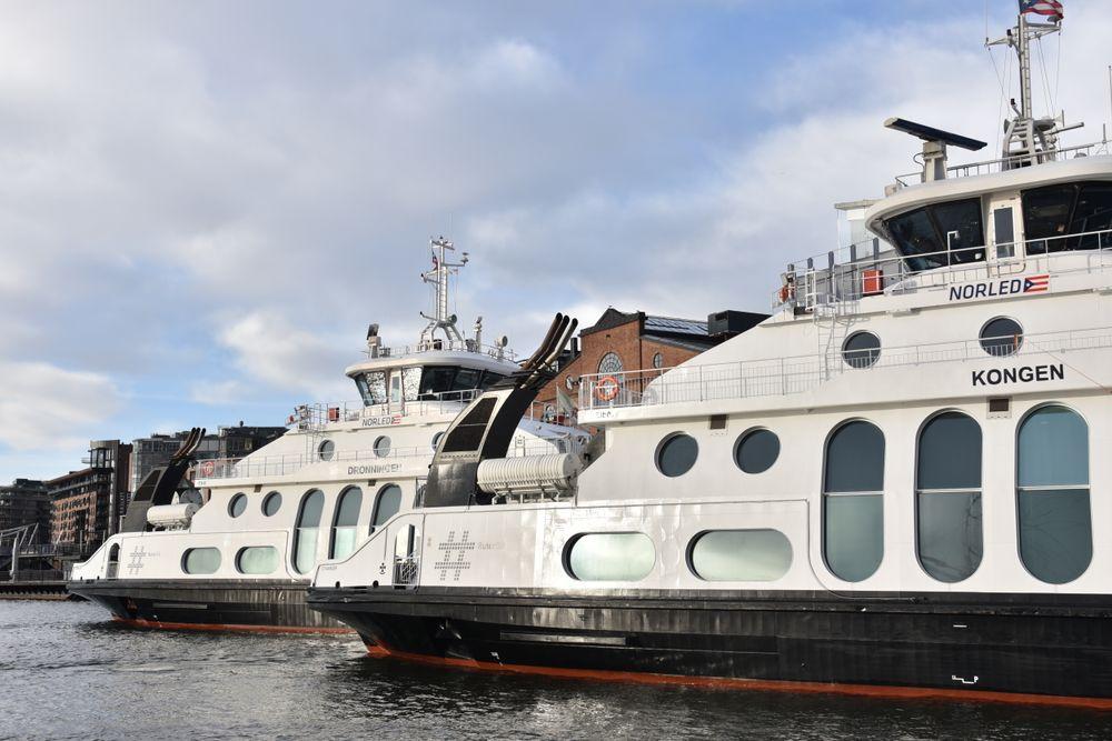 Nå går de utslippsfritt på batterier: Nesoddbåtene er Norges største bilfrie passasjersamband.