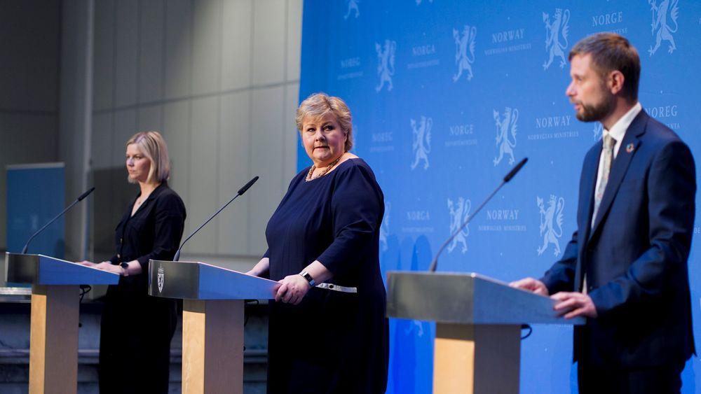 Kunnskapsminister Guri Melby (V), statsminister Erna Solberg (H) og helseminister Bent Høie (H) presenterte tirsdag hvilke koronatiltak regjeringen ønsker å videreføre i dagene og ukene etter påske.