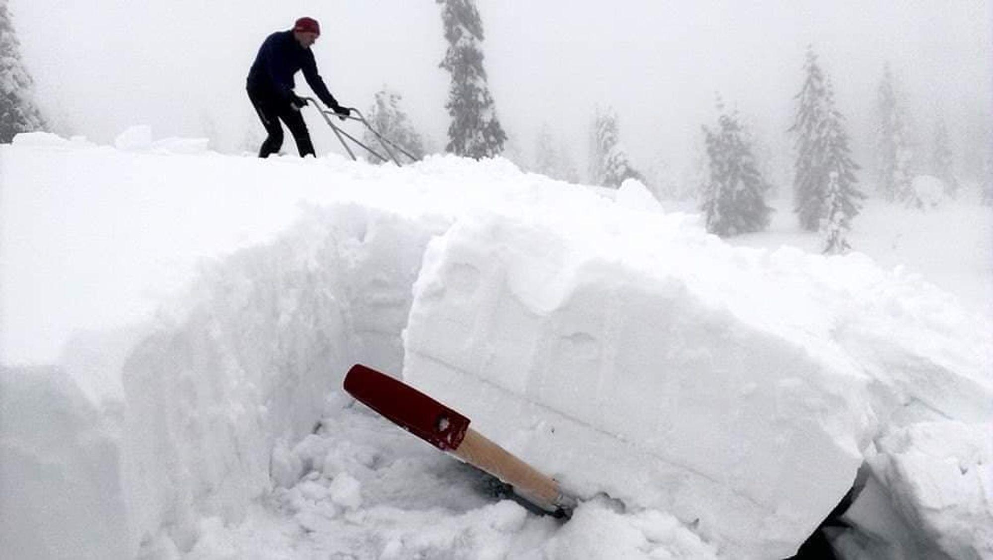 Pass på om snøen fokker seg, så det blir skjev vektfordeling på taket, advarer Direktoratet for byggkvalitet.