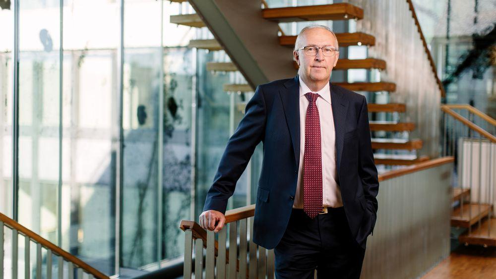 Energidirektør i Hydro og styreleder i NHO, Arvid Moss, sier at industrien må bruke tiden godt, mens Norge fortsatt har grønnere og billigere strøm enn konkurrentene.