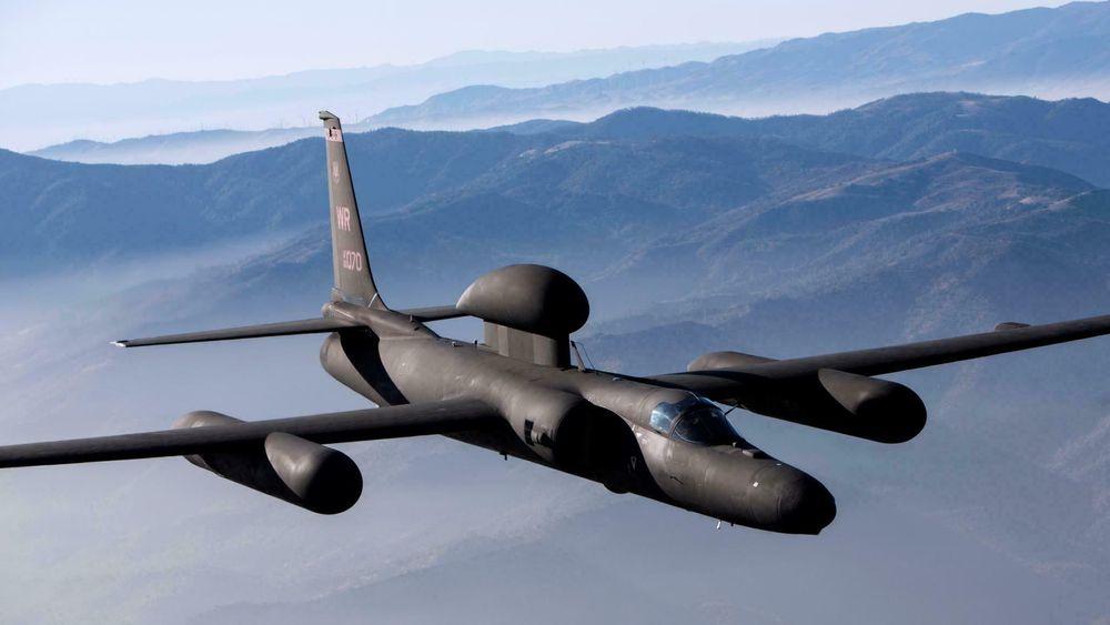 Lockheed Martin U-2S kan utføre ISR-oppdrag (etterretning, overvåking og oppklaring) fra over 70.000 fots høyde.