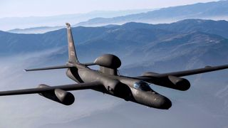 «Ikke for militære formål» het det i 1955 – nå skal spionflyet U-2 rustes opp for å fly i mange år til