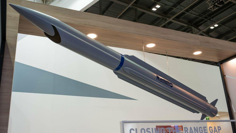 «Closing the range gap» var slagordet da Nammo viste fram et ramjetmissilkonsept i fjor høst - her ble motorteknologien brukt på et luftvernmissil.