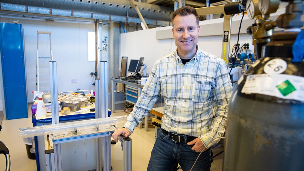Leder Øystein Arild ved Institutt for energi- og petroleumsteknologi på Universitet i Stavanger.