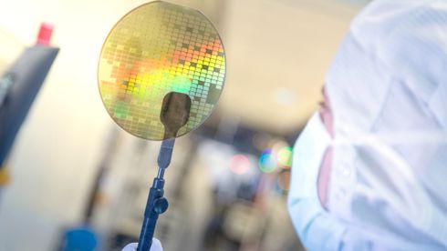 Silisium-konkurrenten: Denne halvlederen kan gi elbiler lengre kjørelengde og mer kraft fra solcellene