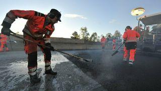 650 kilometer riksvei skal få 500.000 tonn ny asfalt