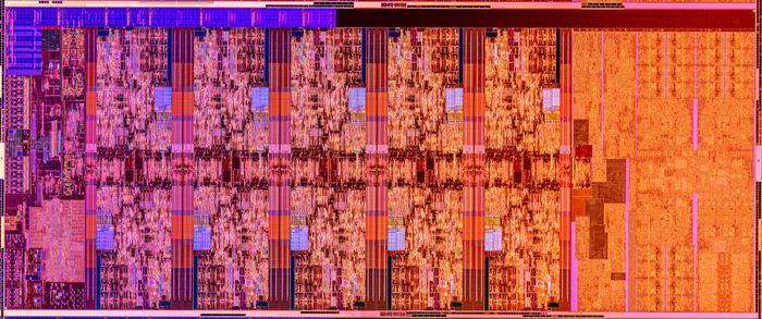 «Die shot» av en 10. generasjon Intel Core-prosessorer basert på Comet Lake-S-mikroarkitekturen.
