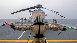 Norge har god grunn til å følge nøye med på undersøkelsen av et helikopterhavari i Middelhavet