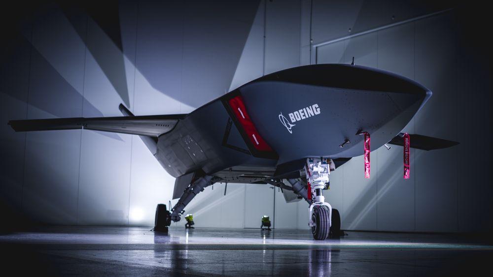Boeing og Royal Australian Air Force viste fram Loyal Wingman-dronen på en virtuell utrullingsseremoni mandag.