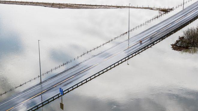 Smarte sensorer skal forhindre årets vårflom på den trafikerte europaveien
