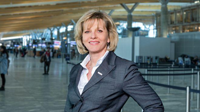 Margrethe Snekkerbakken er konserndirektør for strategi og klima i Avinor.