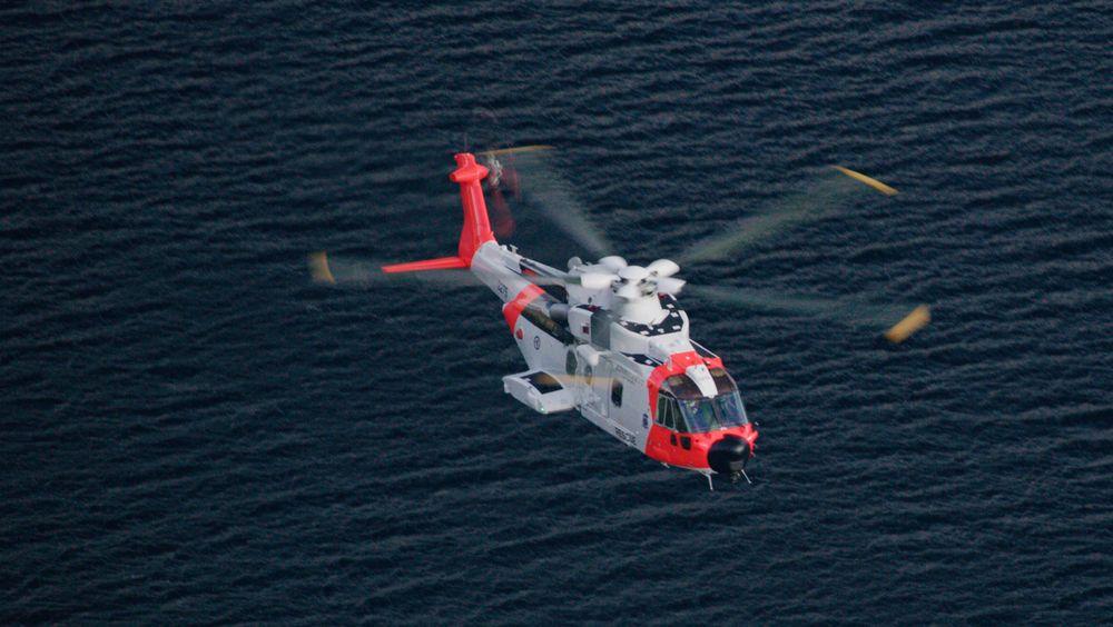 Norsk AW101 i nærheten av Stavanger.