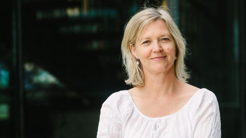 Nina Melsom, direktør for arbeidsliv i NHO, leder seansen onsdag der initiativet #delingsdugnad blir presentert.
