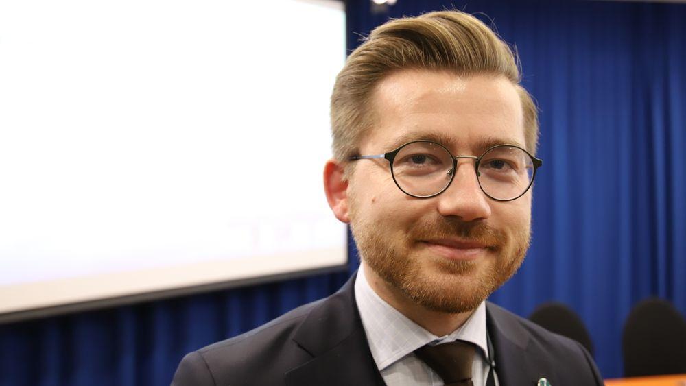 Klima- og miljøminister Sveinung Rotevatn (V) la nylig fram sitt forslag til definisjon av iskanten i Barentshavet. Saken er nå til behandling i Stortinget.