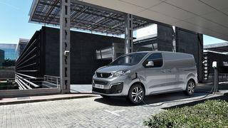 PSA har lansert til sammen tre nye elektriske varebiler.