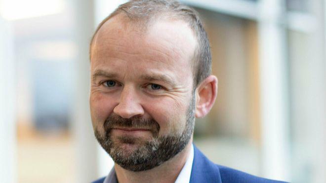 Nicolay Moulin har tatt over som administrerende direktør i Sikri AS, som allerede fra start et blitt et temmelig stort norsk programvarehus med over hundre ansatte.