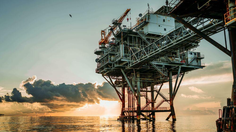 I 2020 var redningen å finne i oljen, gjennom Oljefondet. Både verden og Norge vil fortsatt ha behov for olje og gass, mener Øystein Noreng