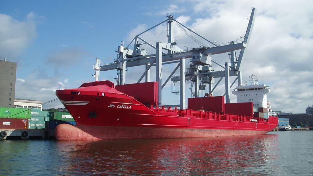 I dag følger det store papirbaserte dokumenter når skip kommer til en havn. Det må digitaliseres. Ankomstmelding/papirer og dokumenter trenger en felles digital samhandlingsplattform. Nå er det tatt viktige skritt på veien.