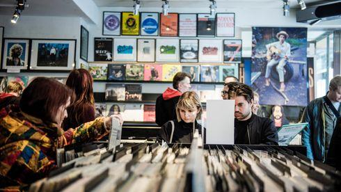 LP-platene opplever en renessanse. Hva er det med vinylen som fortsatt fenger?