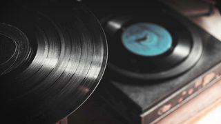 Neste generasjon vinylplater på vei: Lover bedre lyd og lenger spilletid
