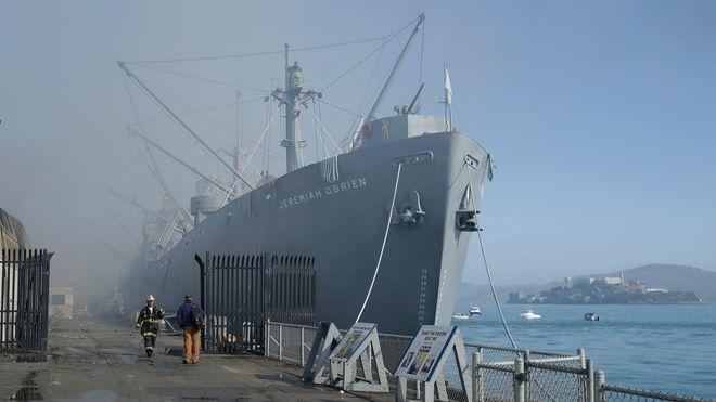 Storbrann på Fisherman's Wharf: Truet museumsskip som deltok under invasjonen i Normandie