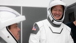 SpaceX gjør seg klar til sin første bemannede romferd