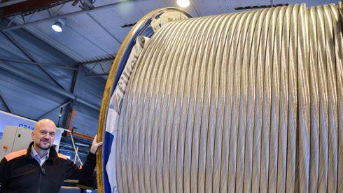 Norsk kabelbedrift selger 90 prosent til eksport . Norske kunder kjøper heller billigkabler med høyt karbonavtrykk fra utlandet